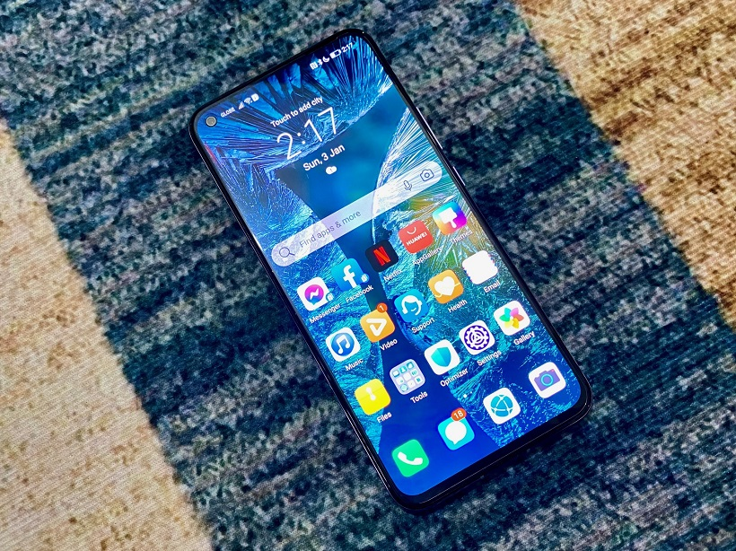 Huawei Nova 7 5G Review - Display
