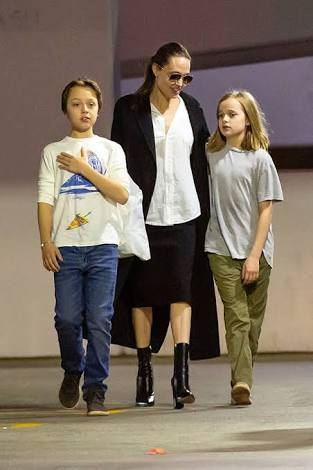 Knox and Vivienne Jolie Pitt