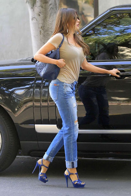 Sofía Vergara in Tight Jeans out in West Hollywood