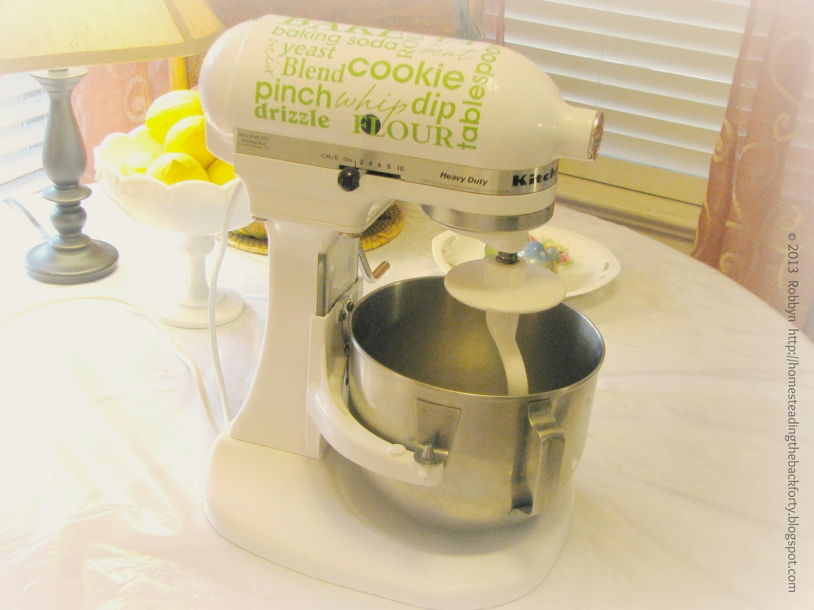 Lime Green Kitchen Aid Mixer With Glass Bowl
