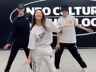 SNSD Hyoyeon NCT Dream Dessert Dance Challenge