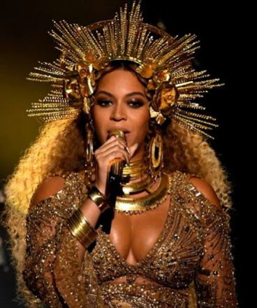 beyonce egyptian grammy dress