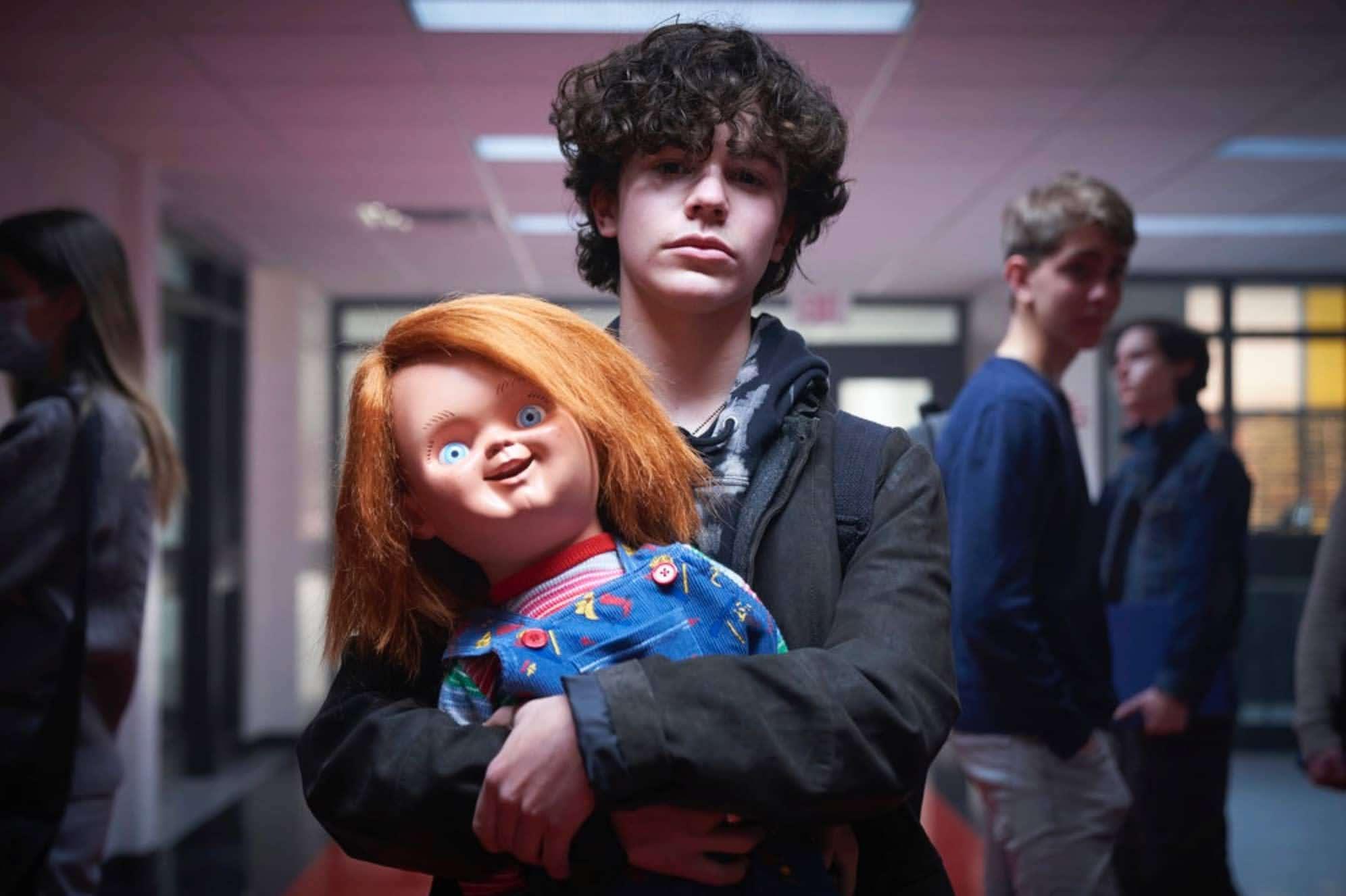 New Trailer for 'Child's Play'' TV series 'Chucky' : 恐怖の坊やの人形の人気ホラー映画「チャイルド・プレイ」の通算第9作めにあたるテレビシリーズ化「チャッキー」が、ファン待望の恐ろしい展開に期待を抱かせる最終版の予告編をリリース ! !