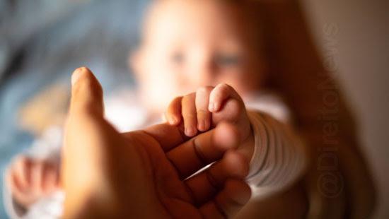 multiparentalidade crianca registro pais biologico socioafetivo