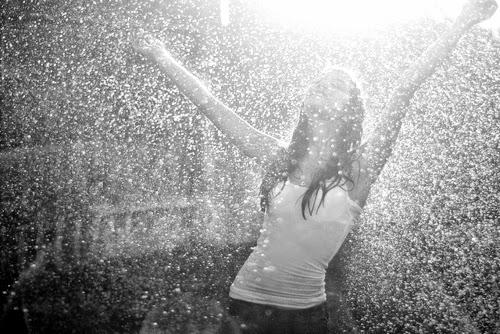 Resultado de imagen de bailar bajo la lluvia