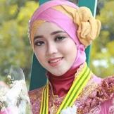 Lirik Lagu Sunda Populer Mojang Priangan