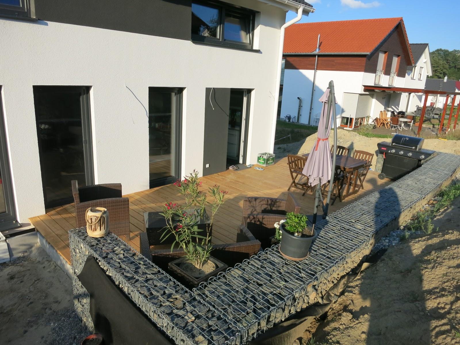 preiswert bauen in teurer gegend eine terrasse ensteht na klar ist wieder alles spezial. Black Bedroom Furniture Sets. Home Design Ideas