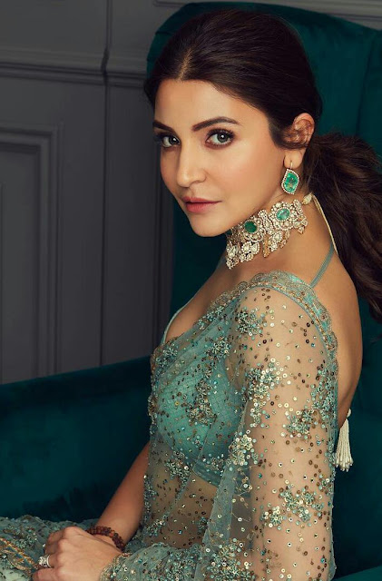 Anushka Sharma HD Wallpaper In Saree