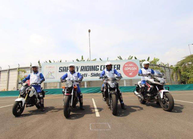 Instruktur_Safety_Riding_AHM_berkompetisi_di_jepang_2017