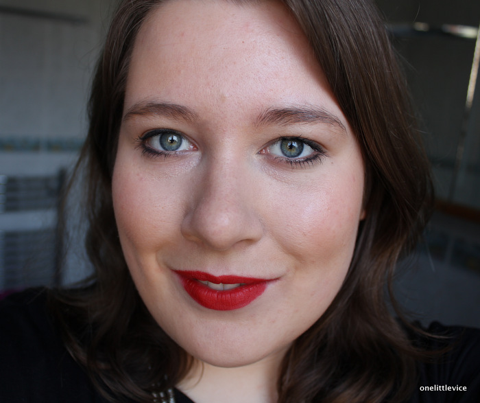 One Little Vice Beauty Blog: Claudia Louch Flawless Finish Liquid Makeup FOTD