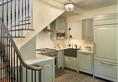 Kitchen Set Minimalis Bawah Tangga