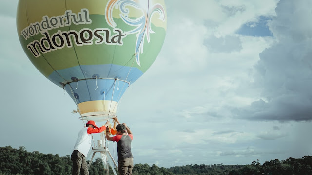 balon ekstra besar wonderful indonesia