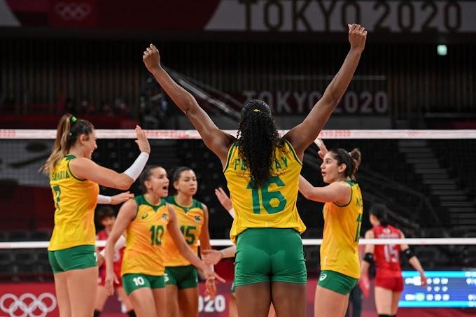 Tokió 2020 - A brazilok és az amerikaiak negyeddöntőbe jutottak a női röplabdatornán