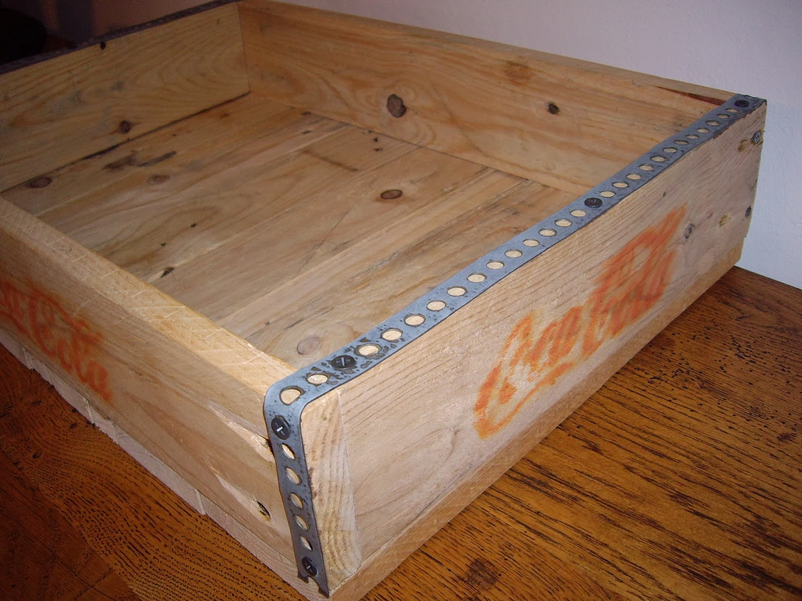 objets d co tutoriels et meubles en bois de palettes f vrier 2014. Black Bedroom Furniture Sets. Home Design Ideas