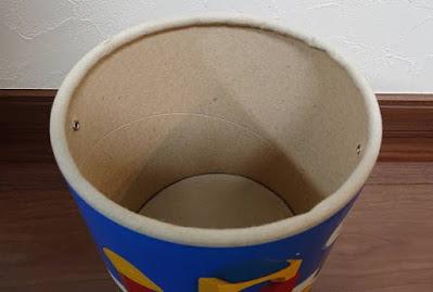 筒の部分は厚紙