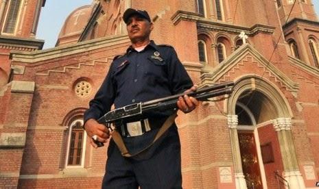 Bom Bunuh Diri Serang Dua Gereja di Pakistan, 14 Orang Tewas