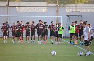 المنتخب الوطني ينهي أولى وحداته التدريبية استعداداً لمواجهة الإمارات