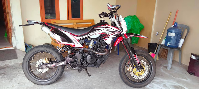 Modifikasi Byson Karbu Jadi Trail Supermoto, Rapih Bener !!!