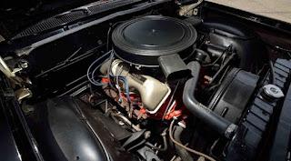 1962 Chevrolet Biscayne Engine 01
