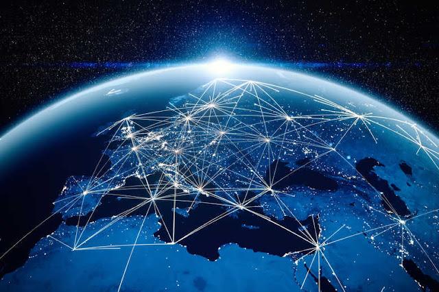 Ο κορωναϊός γκρεμίζει την παγκοσμιοποίηση, πυροδοτεί «αθόρυβο» πόλεμο
