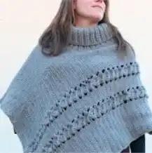 Poncho con Cuello Alto a Crochet