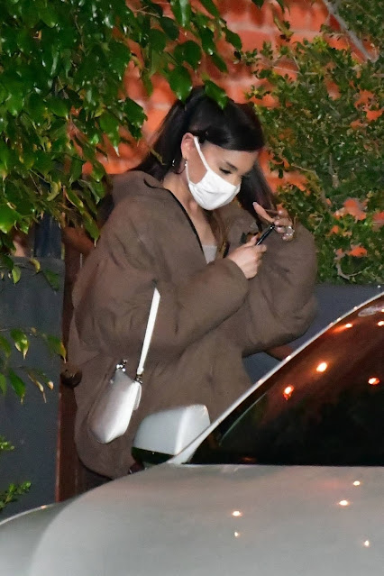Ariana Grande – Pictured at FIA restaurant after dinner in Santa Monica