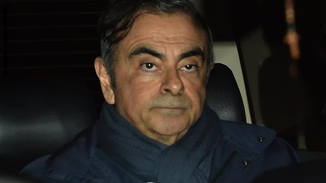 رغم محاكمته في اليابان.. عملاق صناعة السيارات كارلوس غصن يصل لبنان