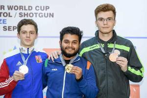 உலகக் கோப்பை துப்பாக்கி சுடுதல் போட்டி: இந்தியாவுக்கு 3 தங்கம்