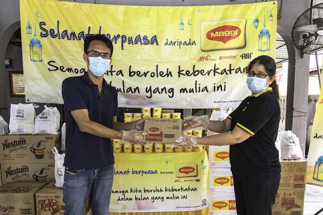 Program MAGGI® Bubur Lambuk Langkah Seterusnya dalam Program Bantuan Nestlé Cares COVID-19