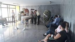Familiares, políticos e amigos prestam as últimas homenagens a Aluísio Bezerra