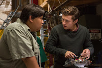Tom Holland and Jacob Batalon in Spider-Man: Homecoming (39)