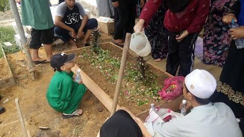 AL-Fatihah Untuk Mak Gemok