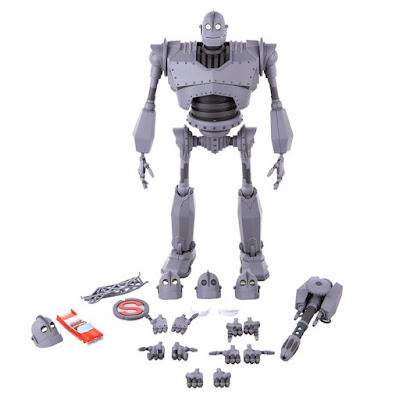 The Iron Giant Mondo Mecha Figure by Mondo