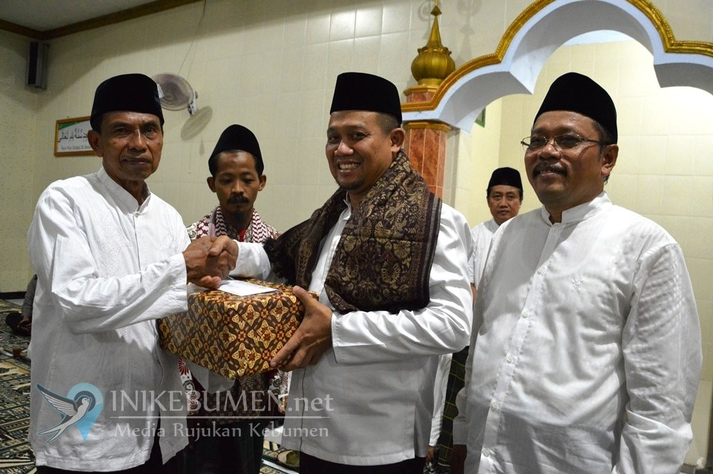 Alhamdulillah, Wabup Kebumen Umrohkan Gratis Empat Jamaah Tarhim di Karanggayam