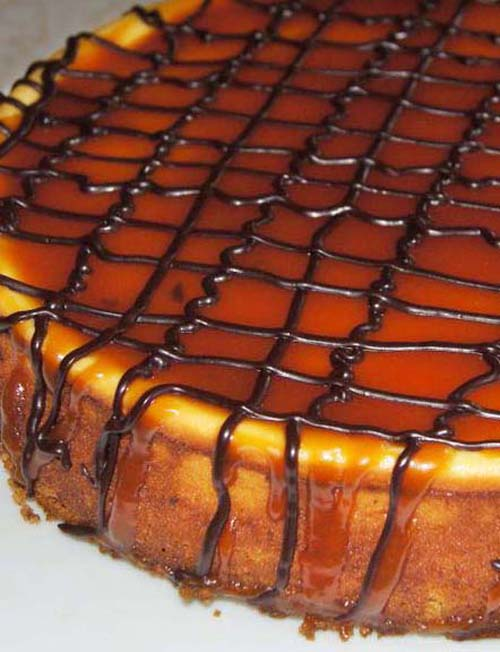 Traditional New York Cheesecake with Salted Caramel Topping
