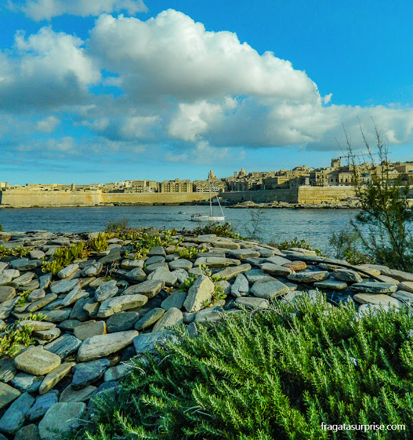 Centro Histórico de Valeta visto de Tigné Point, Sliema, Malta