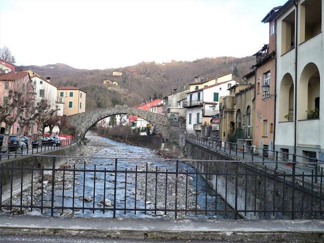 ponte grexino varese ligure