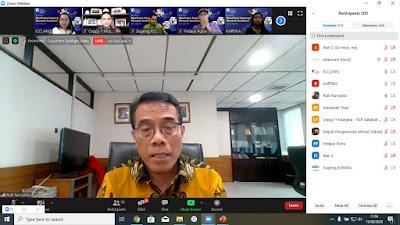 Bapak Rully Nuryanto dari Deputi Bidang Kelembagaan Kementerian Koperasi