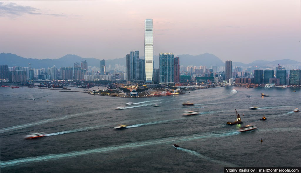 27 Photographs Of Hong Kong Taken From The Rooftops. #3 Is Insane!