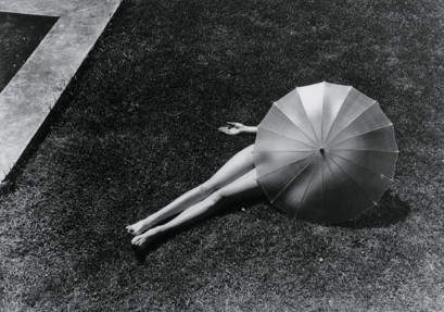 martin-munkacsi-photography-fashion-chez agnes