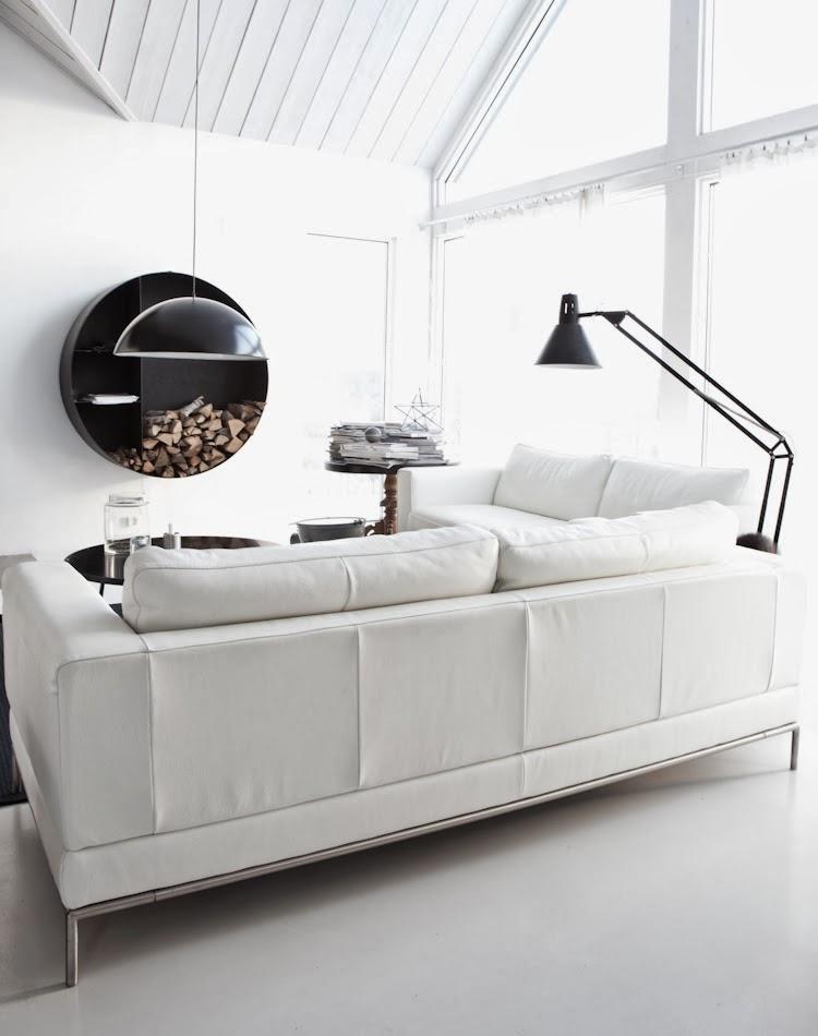 CLEAN LINES & SIMPLE DESIGN - Interior Homes