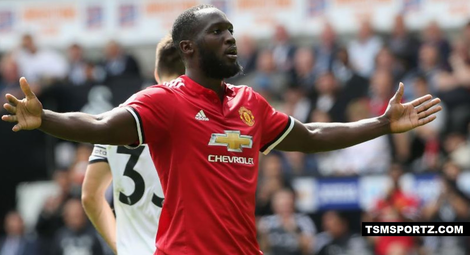 Manchester United signed on big transfer fees (Lukaku)