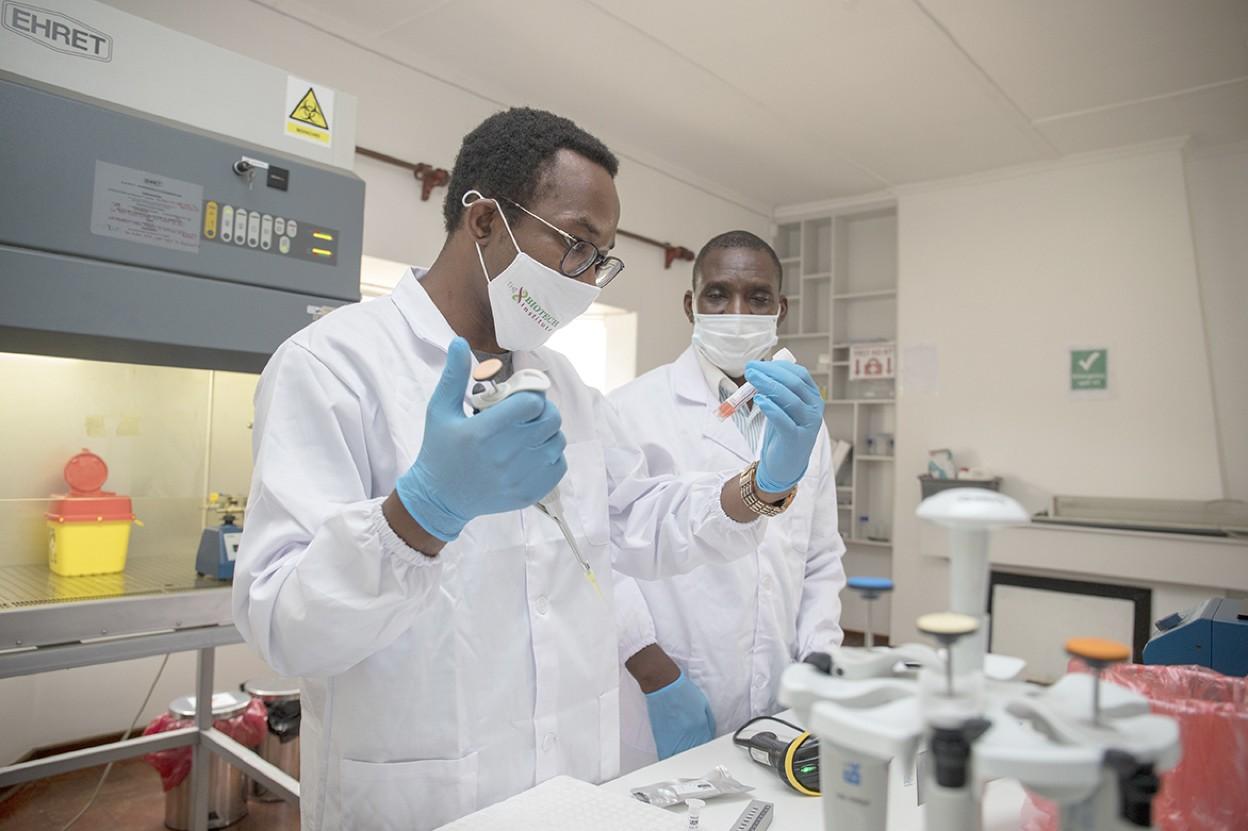 Zimbabwean Scientist Sets Up A Private Biotech Institute