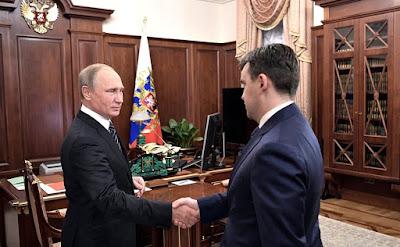 Russian President Vladimir Putin with Acting Governor of the Ivanovo Region.