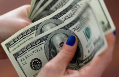 Csökkentette az irányadó dollárkamatot a Fed