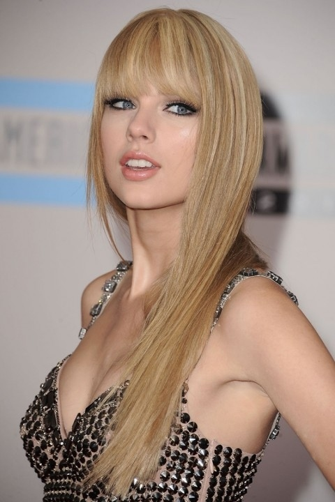 Girls-Twenty: Nuevo Peinado De TAYLOR SWIFT