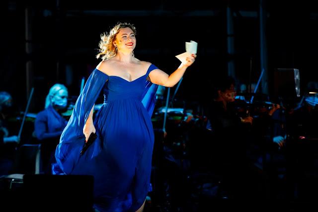 Puccini: Tosca - Natalya Romaniw - ENO at South Facing Festival (Photo Lloyd Winters)