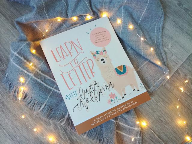 Learn to Letter with Luna the Llama : Un livre de Hand Lettering destinés aux enfants