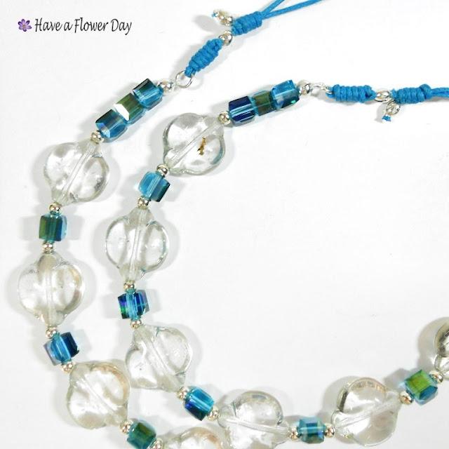 BLUE SEA. Collar con cuentas de cristal  · Crystal beads necklace