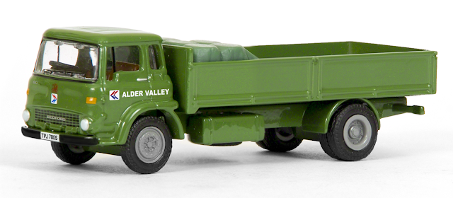 EXCLUSIVE FIRST EDITIONS 24108 - Bedford TK Dropside - Alder Valley NBC
